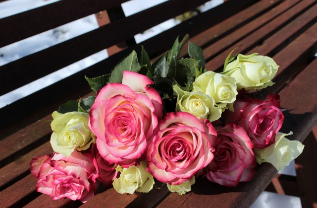 bouquet-of-roses-1246490_1920