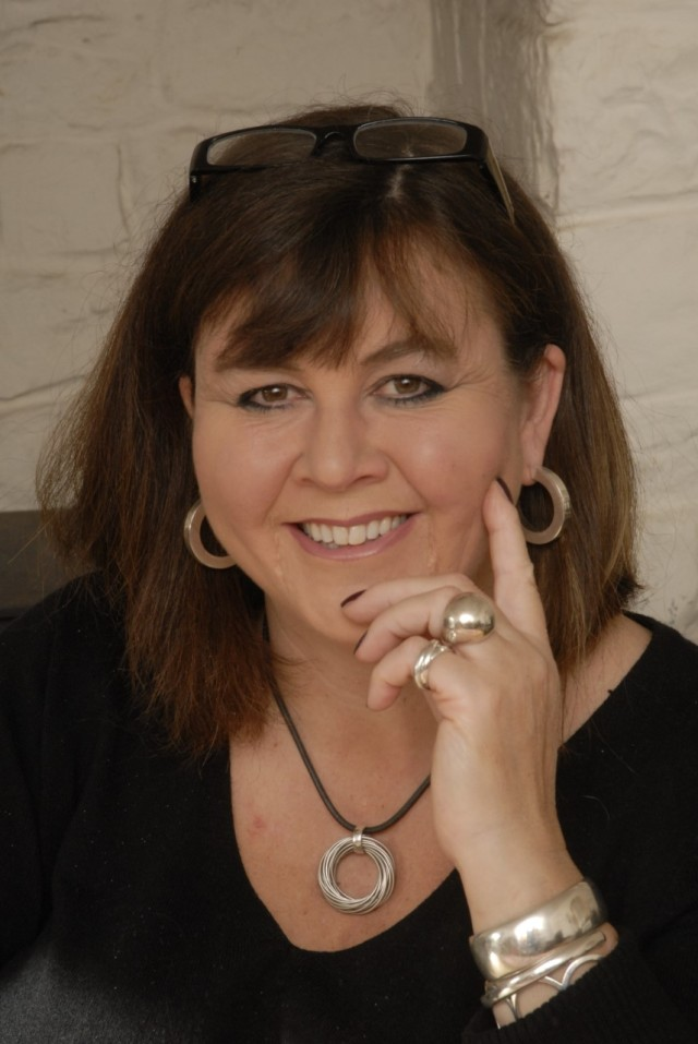 Jo Thomas Author Picture
