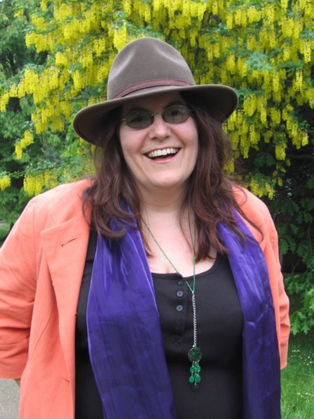 The Hive - jane+hat+photo