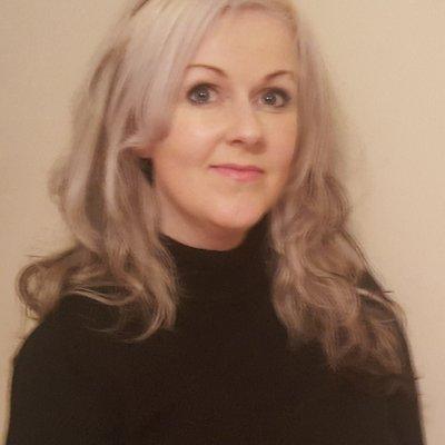 Samantha Henthorn Author Pic