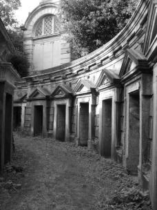 Highgate Cemetery 023