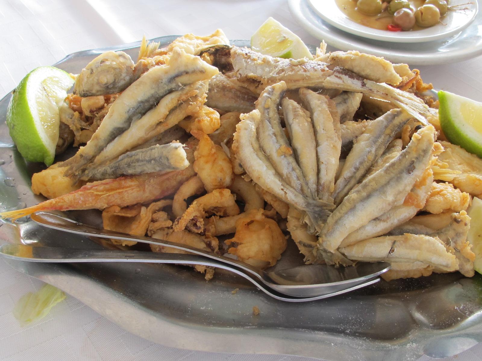 fried fish at El Palo - photo @SandraDanby
